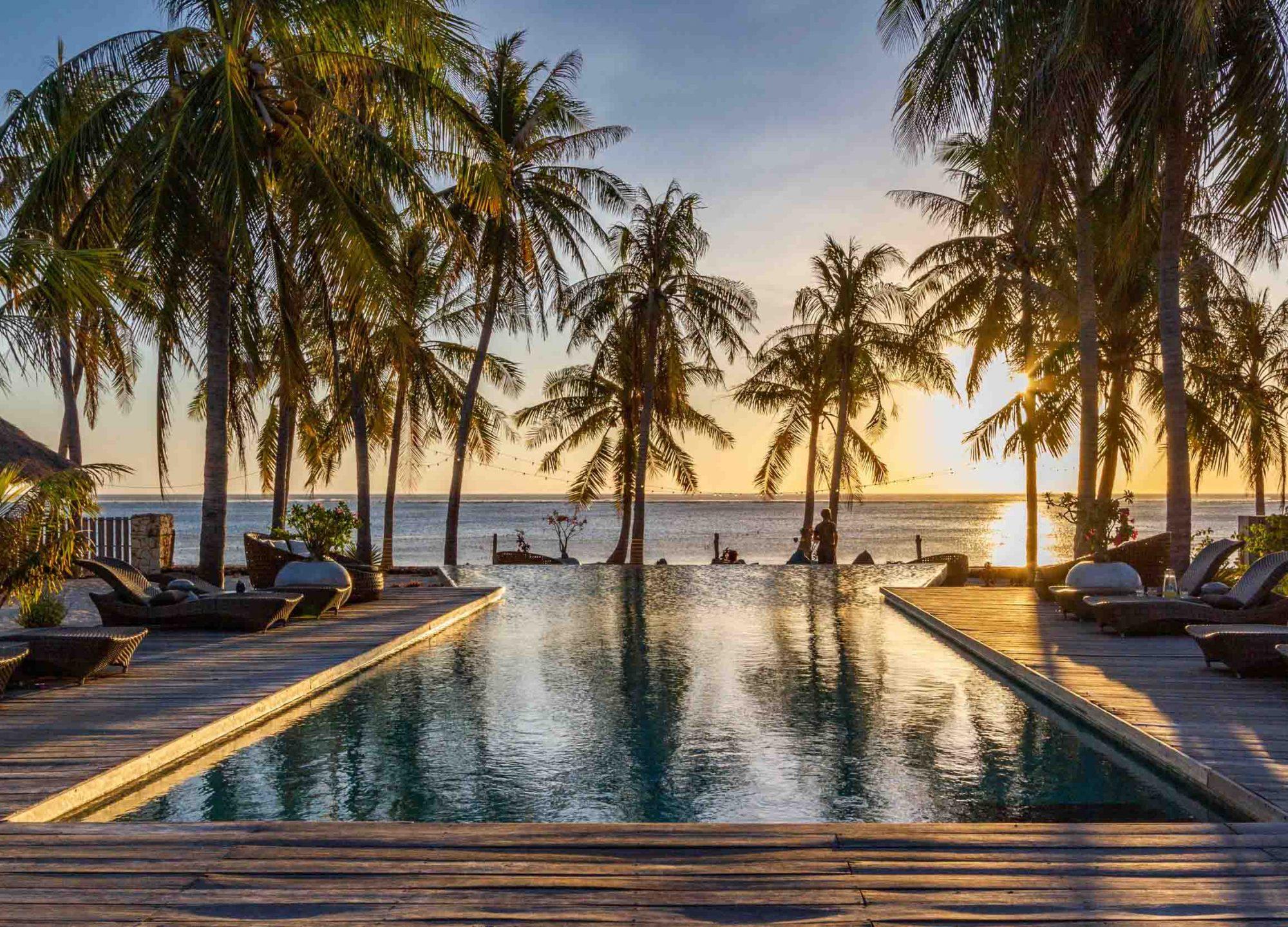 Pool seed resort
