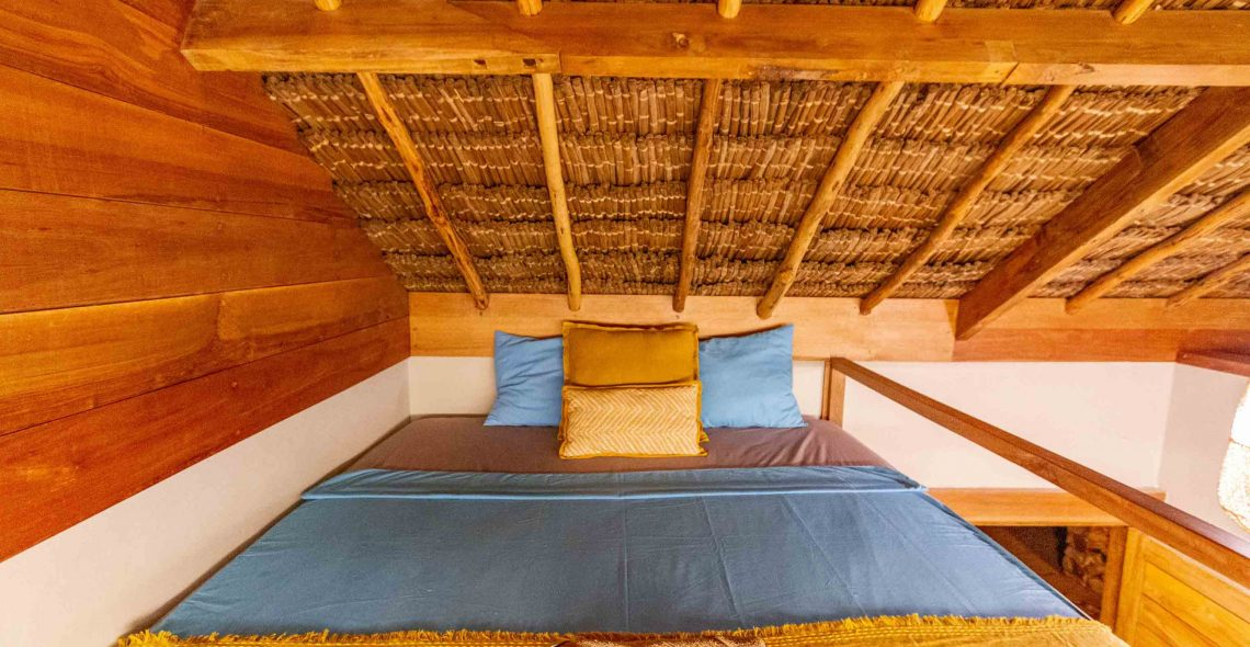duplex surf bed seed resort